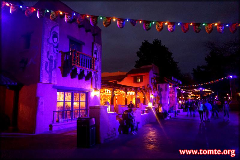 Frontierland after dark