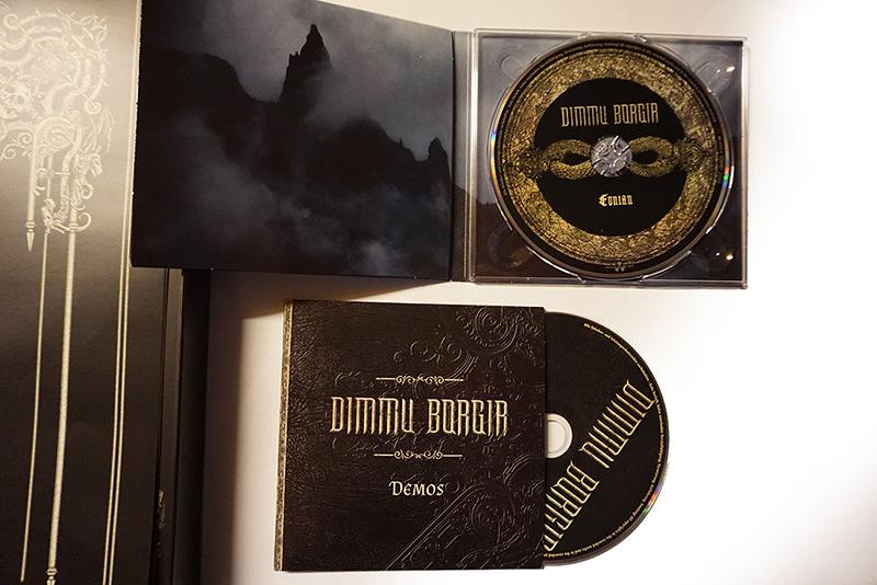 Vinyl unboxing